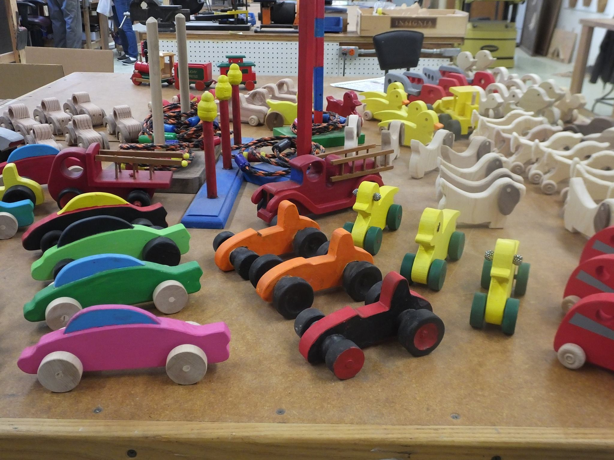 Yountville Veterans build hand crafted toys for tots