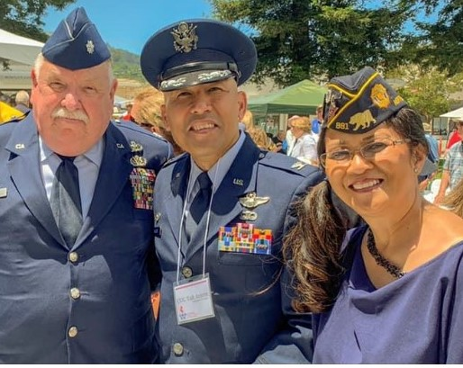 Wunderlin pictured with two Air Force offices at the Los Gatos Veterans Memorial dedication.