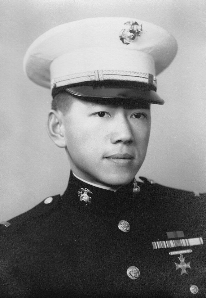 Young Lieutenant Kurt Lee in black and white photo.